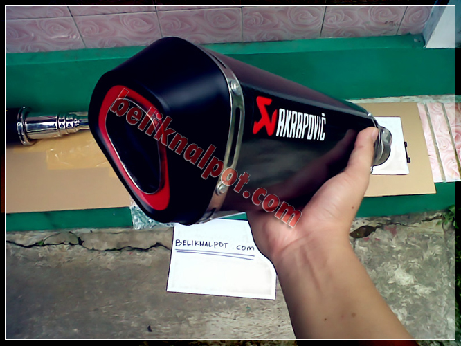 Knalpot Akrapovic Slipon